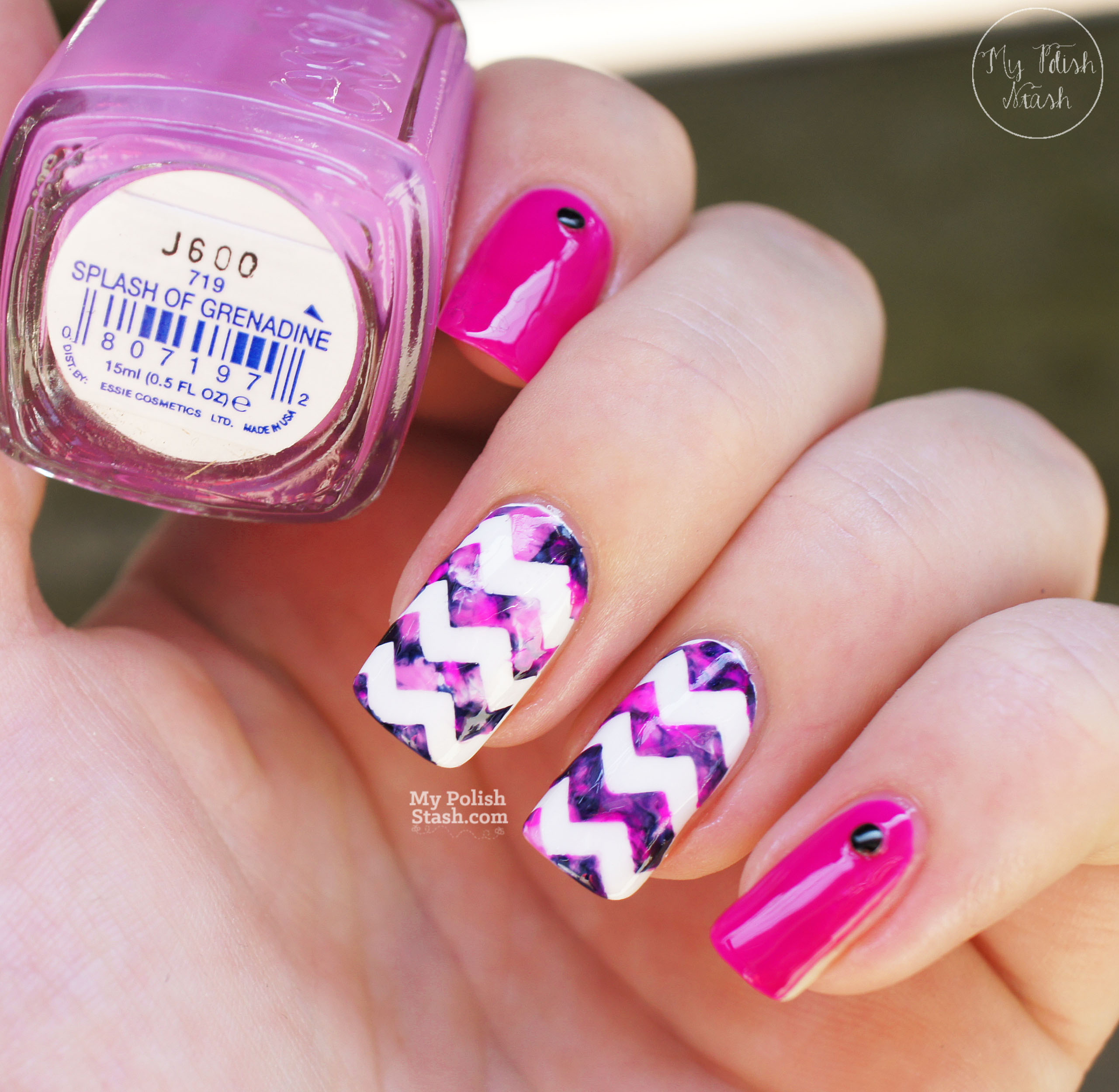 magenta-navy-marbled-chevron-nails-shade-2