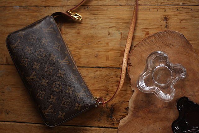 There s method in my madness   bagtag - Louis Vuitton Pochette NM 9f99289f38
