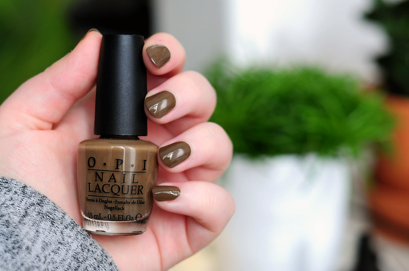 notd-opi-ataupe-the-space-needle-nail-polish-rottenotter-rotten-otter-blog