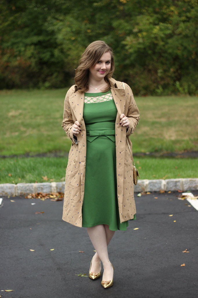 Vintage Dress and a Trench (5)