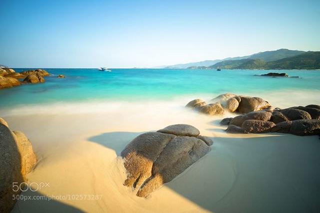 Binh Lap beach in long exposure by baoquang http://bit.ly/1NrHQNb