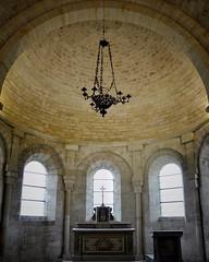 MONT-DEVANT-SASSEY | Le chœur de l'église Notre-Dame de l'Assomption est de style roman. Il est surmonté d'une voûte en cul-de-four. - Photo of Mont-devant-Sassey