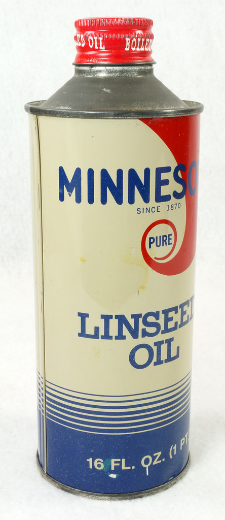 RD14765 Vintage Minnesota Pure Linseed Oil Minneapolis 16 oz Cone Top Tin Can DSC06095
