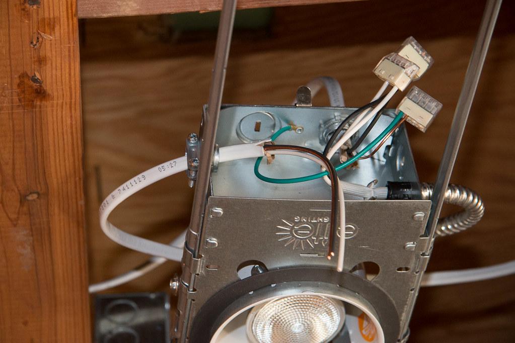 Wiring recessed lighting fixture