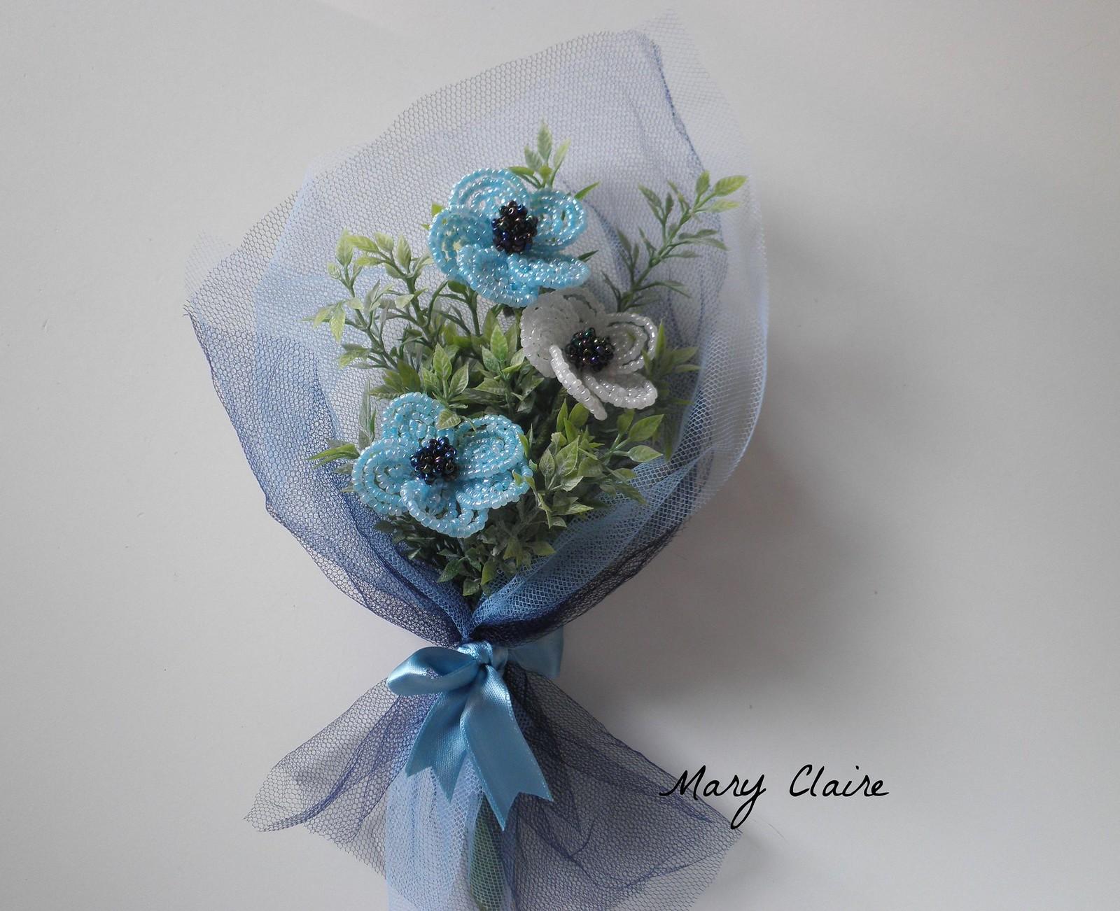 mazzolino azzurro e bianco