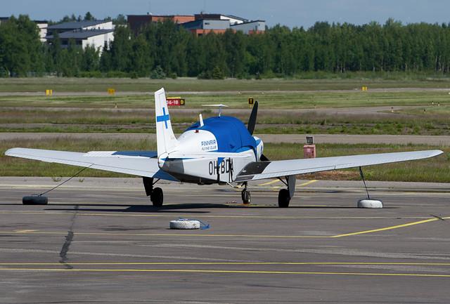 OH-BDA Finnair Flying Club Beech B33 Debonair
