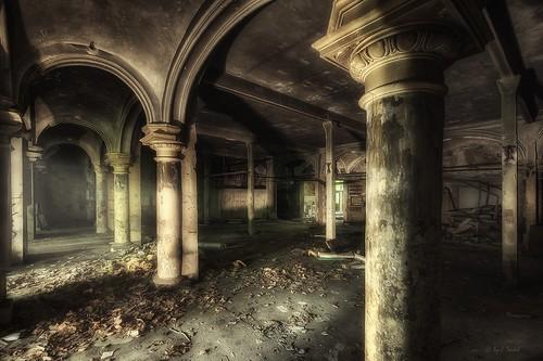 the dark pillar hall