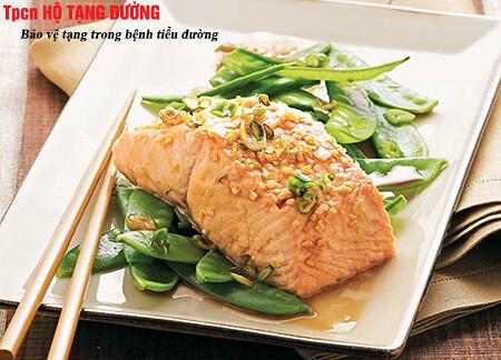 Người bệnh tiểu đường nên cung cấp protein từ cá và các loại đậu