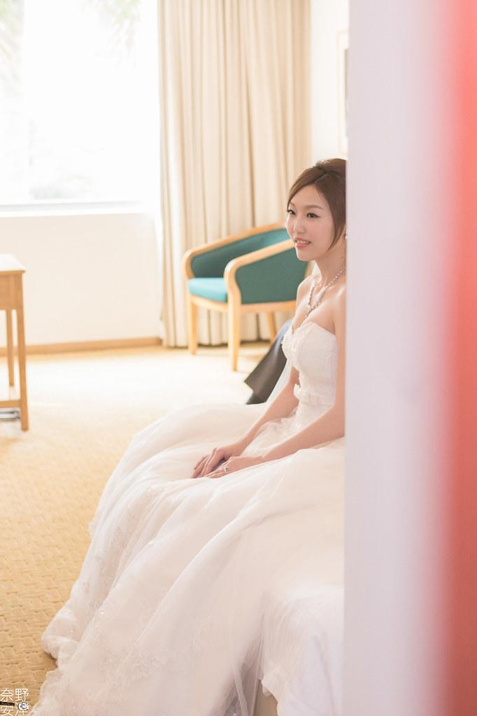 台南婚攝-瀚輝.舒婷-早迎娶文宴-X-台南大飯店-44