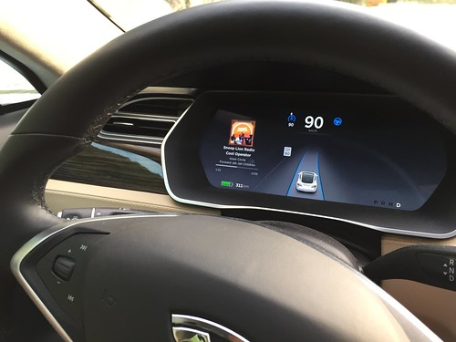 Testing the Tesla autopilot (self driving mode)