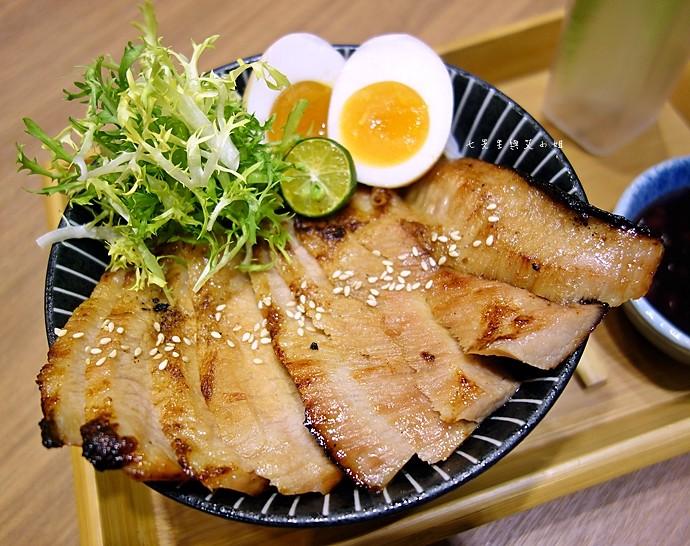 38 開丼 燒肉 丼飯 地表最強燒肉丼