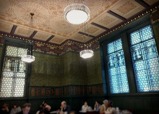 V&A William Morris Green Room Cafe