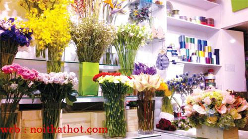 thiết kế cửa hàng bán hoa
