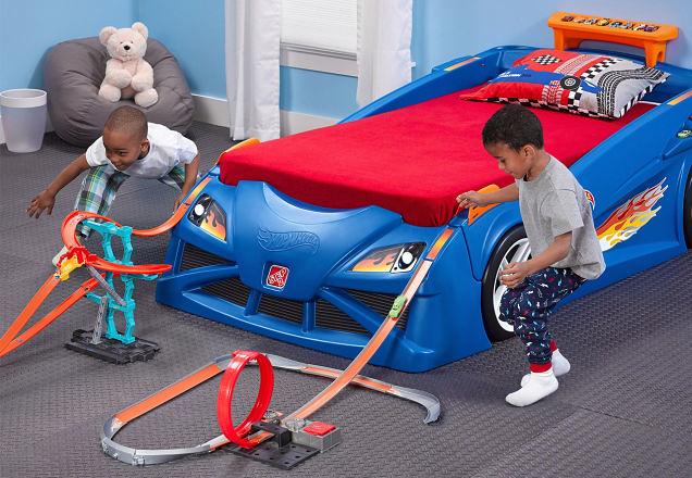 超炫的風火輪賽車床,還能夠延伸出有趣的大型賽道!