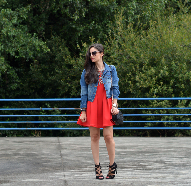 zara_abaday_ootd_outfit_vestido_rojo_denim_01
