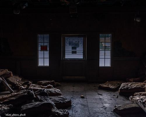 abandoned sc dark southcarolina eerie decaying urbex urbanexplorer wowl2