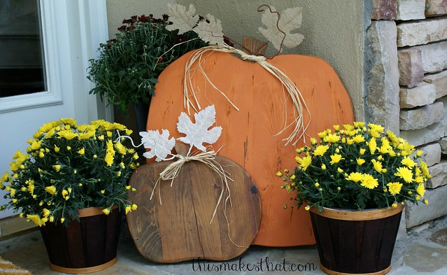 pumpkins-on-porch1-1