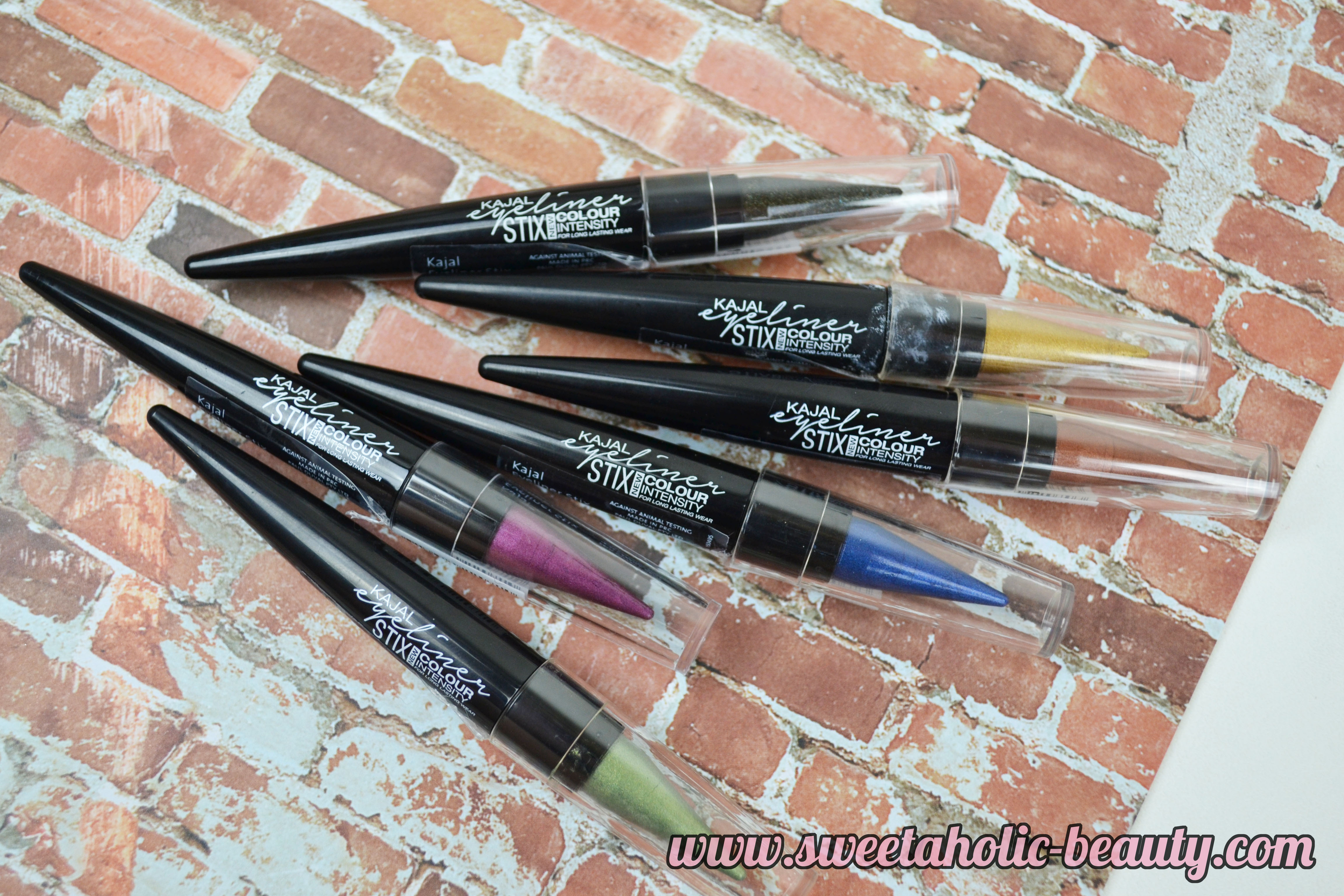 Face of Australia Kajal Eyeliner Stix  - Review & Swatches