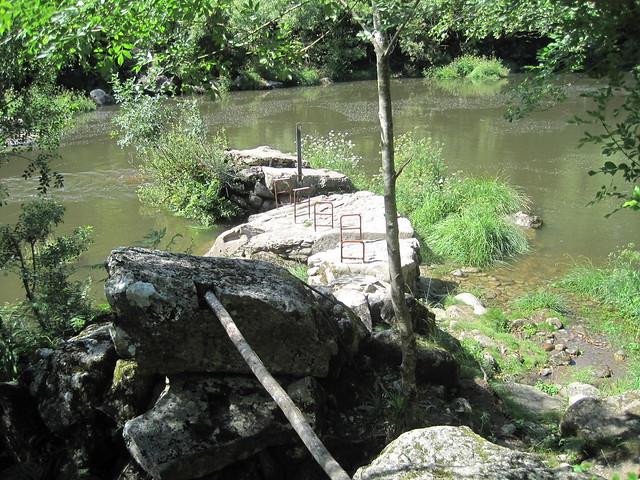 Pesqueira en el río Tambre