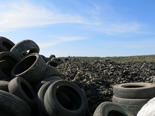 COMSA participates in a project for the reuse of end-of-life tyres for construction