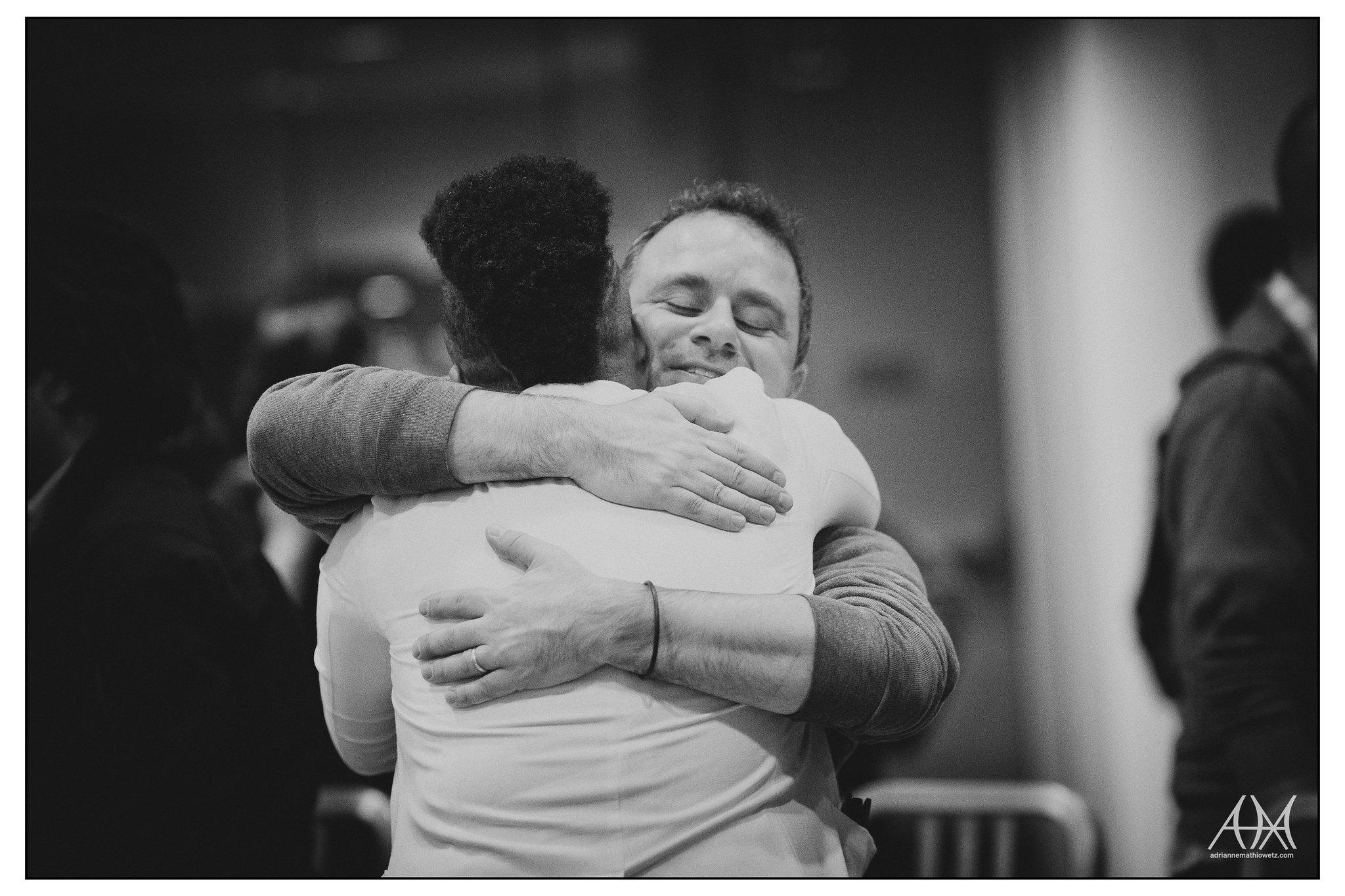 Hug (BW)