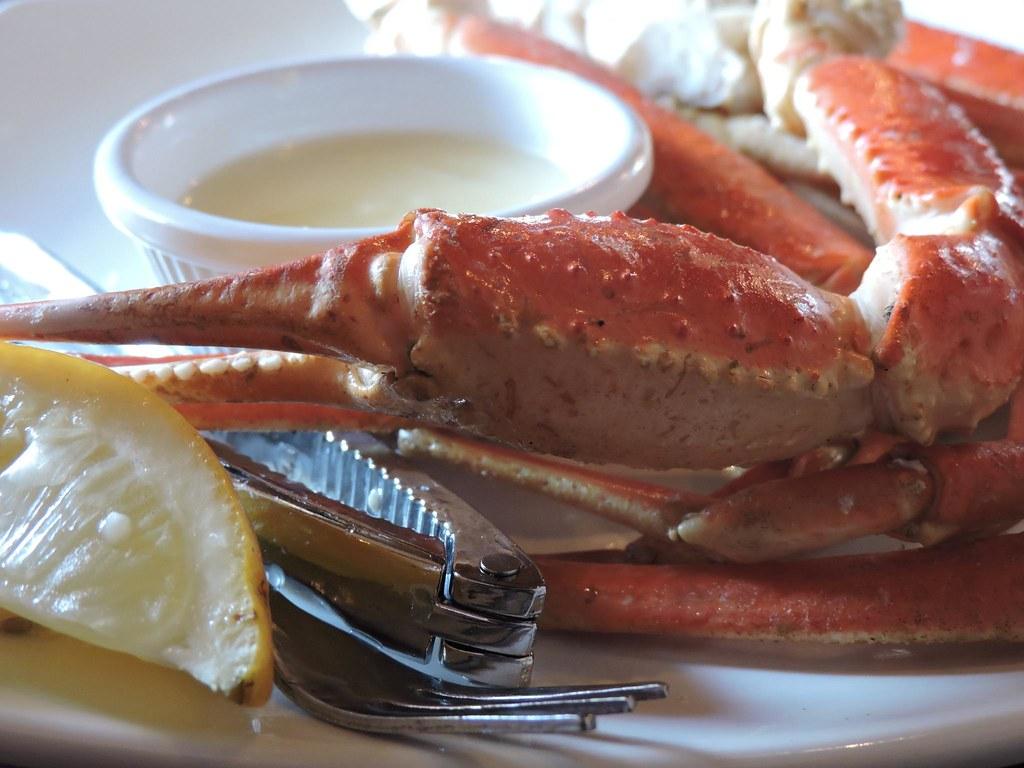 Ovation Bar Crab legs