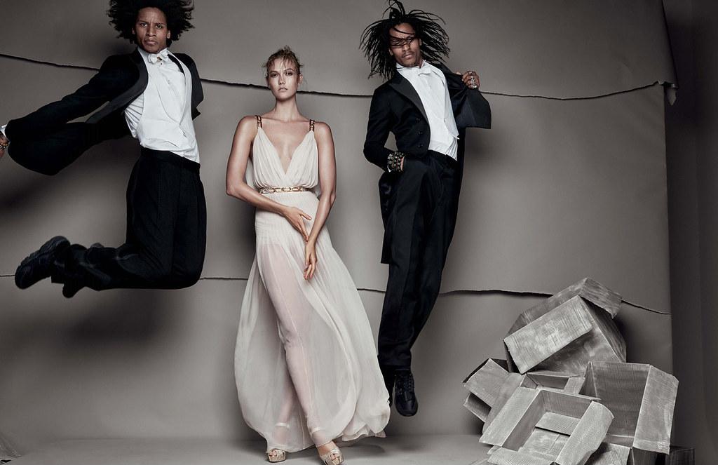 Карли Клосс — Фотосессия для «Vogue» UK 2015 – 1