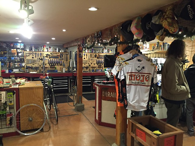 Mojo Bicycle Cafe