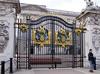 Buckingham Palace Gate by Saomik