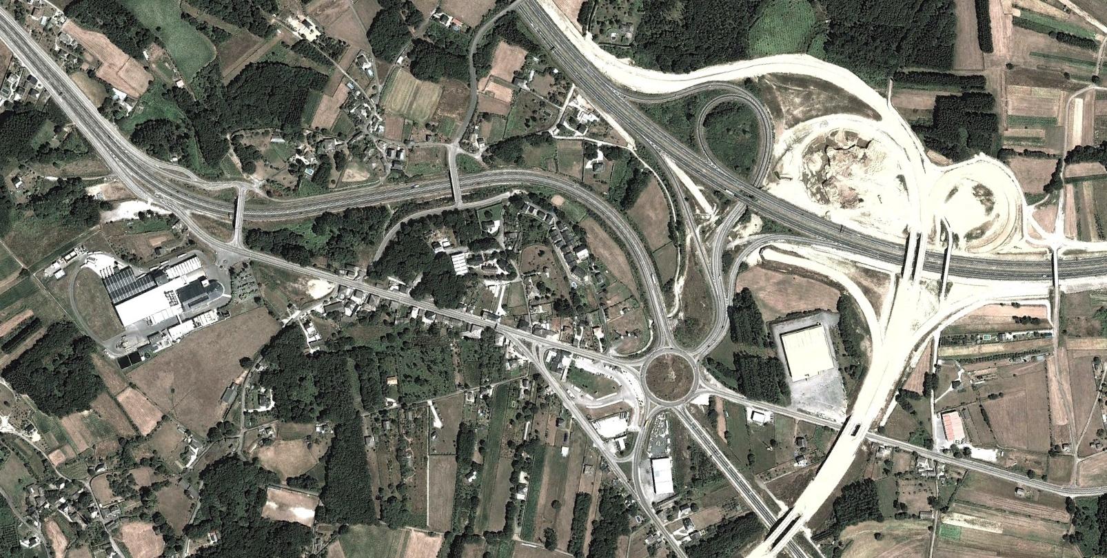 nadela, lugo, bracines, después, urbanismo, planeamiento, urbano, desastre, urbanístico, construcción, rotondas, carretera