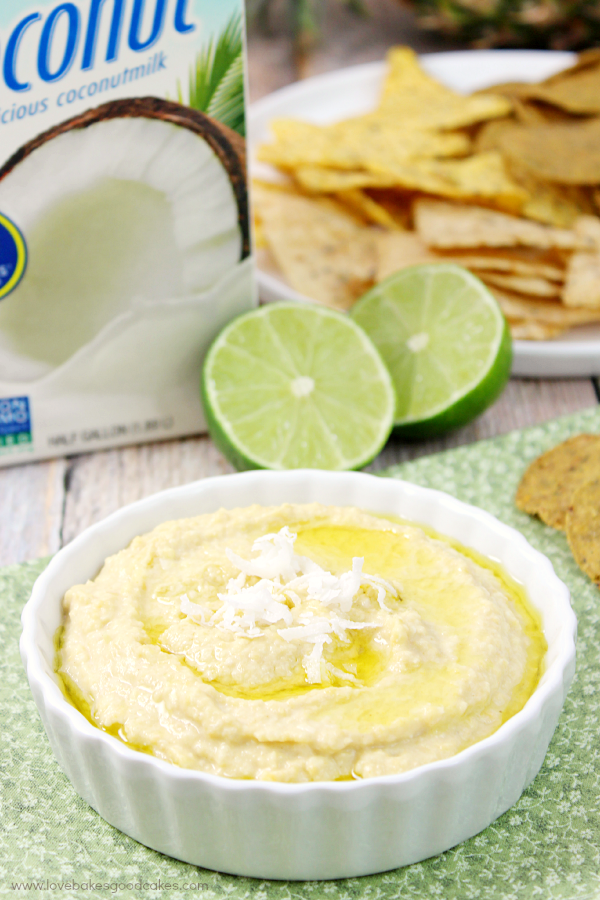 This Tropical hummus makes a great snack for game day! It also makes a great filling for wraps! #MeatlessMondayNight #ad
