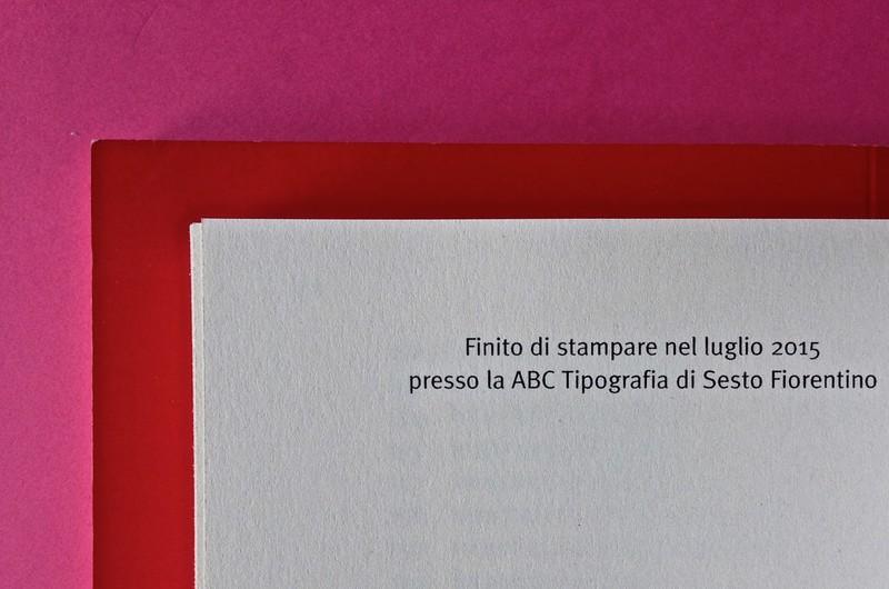 Edizioni del Verri / Collana rossa. Progetto grafico di Valerio Anceschi e Giovanni Anceschi. Pagina dello stampatore, indicazioni collocate in capo alla pagina (part.), 1
