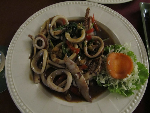 Chiang Rai: calamars au basilic et à l'ail