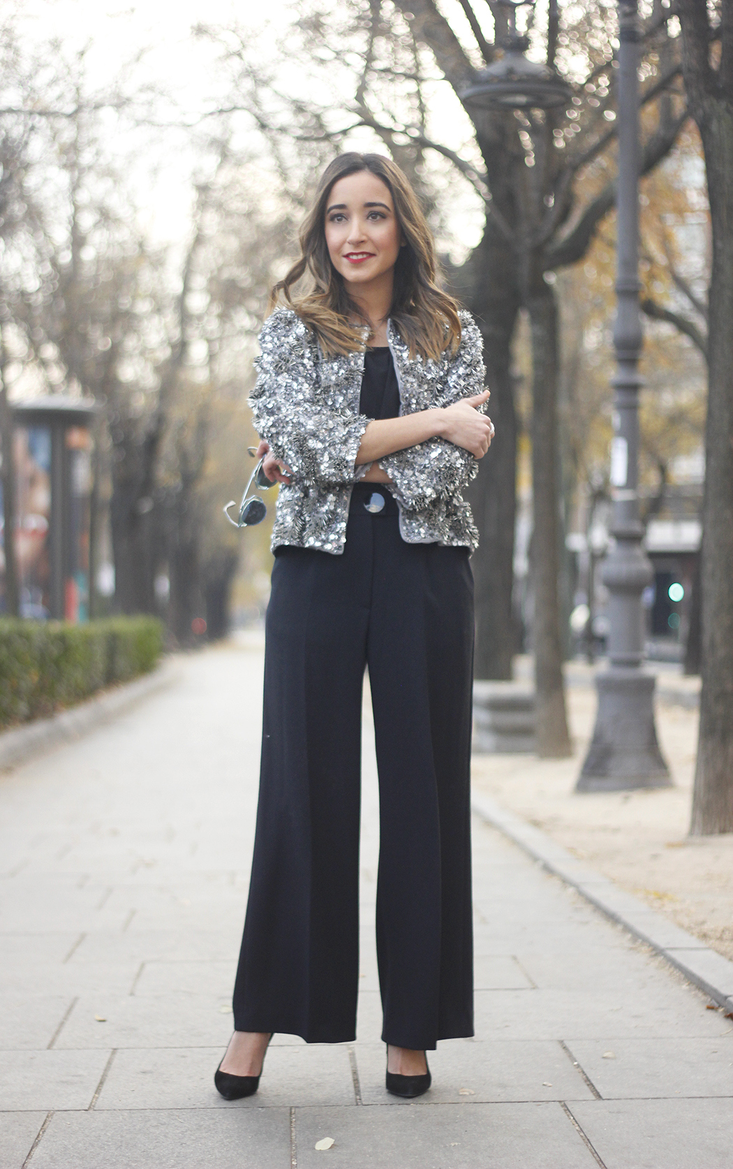 sequined jacket cropped trousers winter outfit black heels accessories streetstyle17