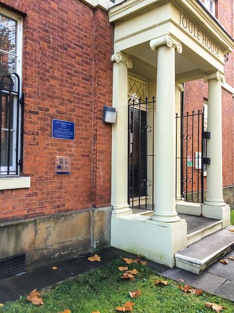 Photo of James Prescott Joule blue plaque