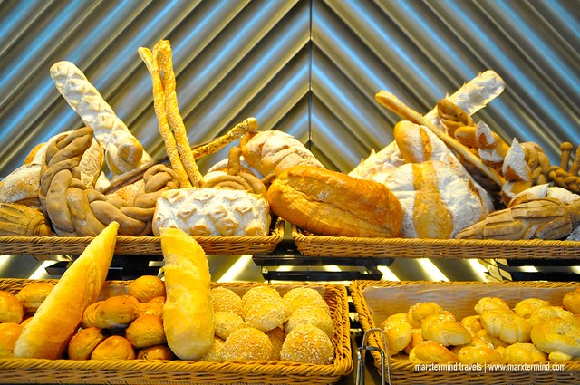 Bread and Pastries Brunch Cafe Eight