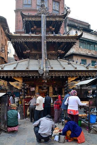 Nepal - Kathmandu - Streetlife With Temple - 111