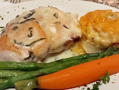 Stuffed #Chicken #AugratinPotatoes & #Veggies #MeetTheBlanes2016