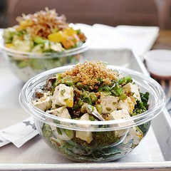 The build-your-own-poké bowl trend is exploding right now. @Sweetfin in Santa Monica is the first I've visited with not one, but **two** vegan options! The online and paper menu call out all the vegan options for safe and delicious eating!   This is the S