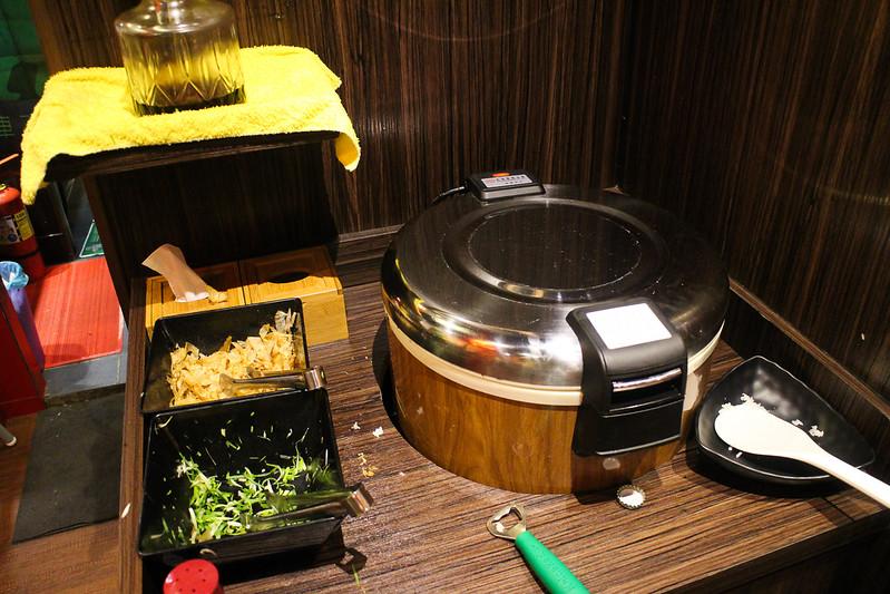 火鍋燒烤吃到飽︱火鍋︱燒烤,燒鳥串道自強店 @陳小可的吃喝玩樂