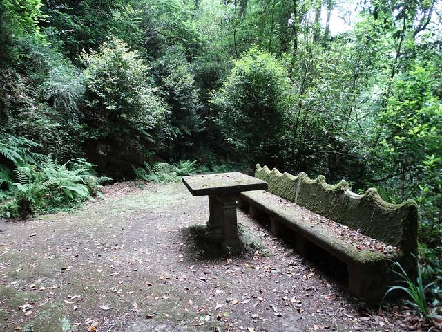 Mesa de Jovellanos en el Pazo de Santa Cruz de Rivadulla