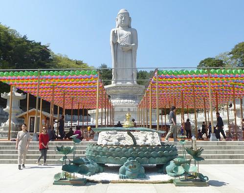 Co-Daegu-Parc Palgongsan-Temple Donghwasan (14)