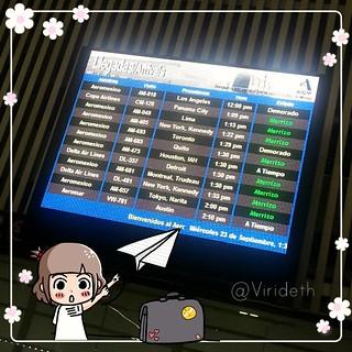 Chido !!!!! #Aeropuerto :) #México desde el pasado al presente o del futuro al pasado こんにちは