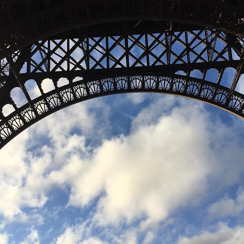 With cloudporn :) #cloudporn #guesswhere #traveling #paris #france