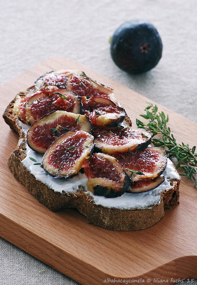 Cream cheese fig toast