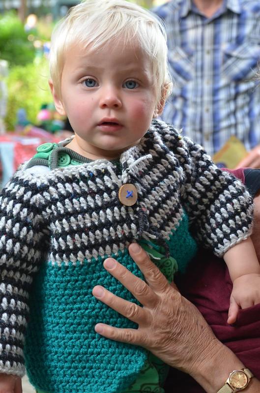 snorfestival 2015 - wood & wool baby cardigan