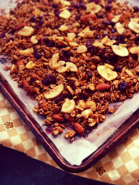 Baking up some homemade granola on Gift Style blog Gave That