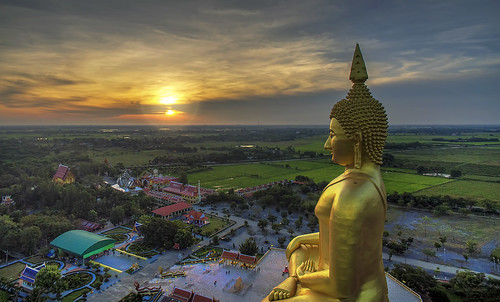 morning statue sunrise landscape thailand dawn golden photo buddha buddhist aerial wat uav aerialphotography drone muang angthong quadcopter watmuang multicopter djiphantom