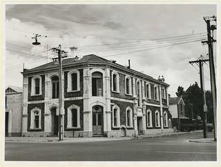 Oakfield Hotel, Flinders Street, Adelaide, 1964