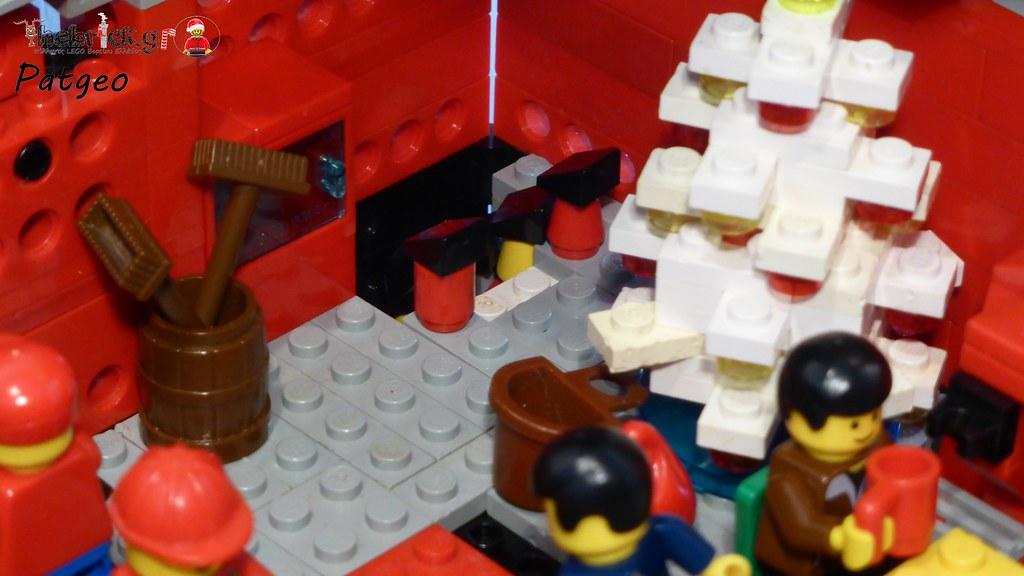 """[BuildtheBrick #2]: """"Santa's Workshop"""" 23607342926_c89e590508_b"""